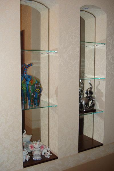 Стеклянные полки в нишу / стекольная компания сапфир.